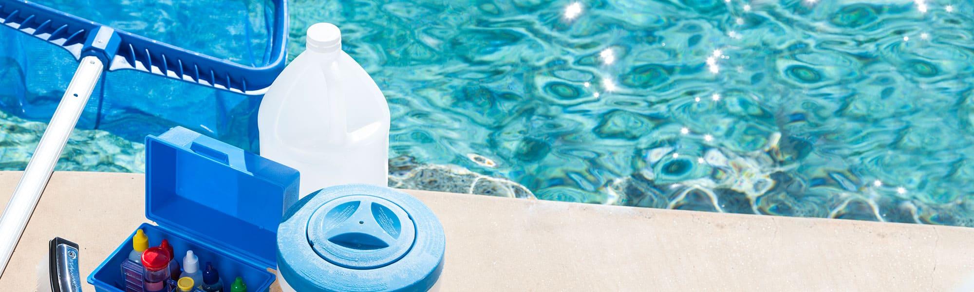 nettoyer une piscine