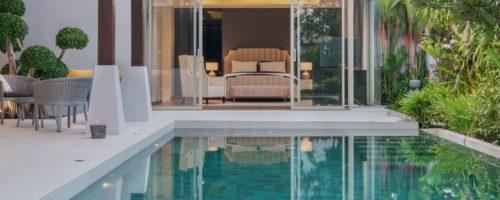 Nettoyer et entretenir sa piscine : comment protéger sa piscine de l'hiver ?  Par notre revendeur expert conseil piscine Sofrade, à Nîmes
